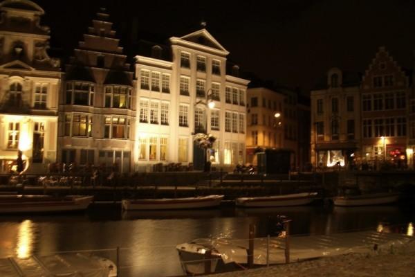 Belgien_Gent-bei-Nacht_ccosmic-thorstencphotocase.com_ Kopie