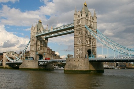 Tower-Bridge-London-©-Sepp-Schmitter Kopie