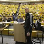 Von der Biologenparty zur Forensik – Mark Benecke im Interview