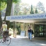 Universität Siegen und DSHS unterzeichnen Kooperationsvertrag