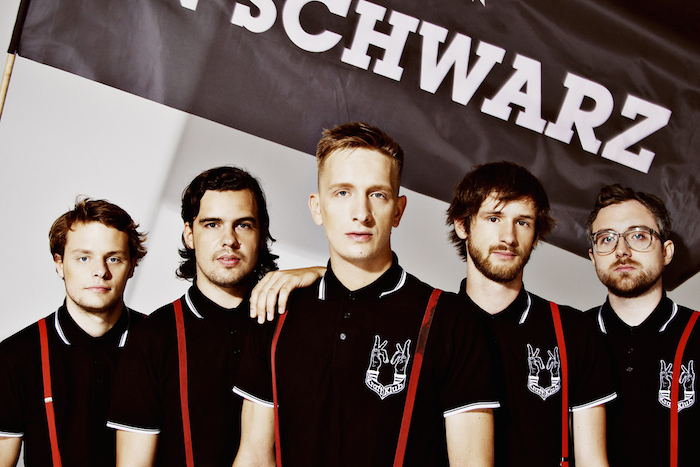Kraftklub-Credit-Christoph-Voy